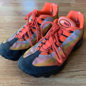 Nike Air Max 95 dynamic flywire shoes size 8.5